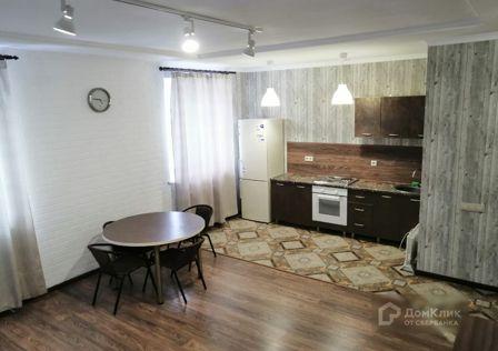 Продаётся таунхаус, 2-эт., 90 м²