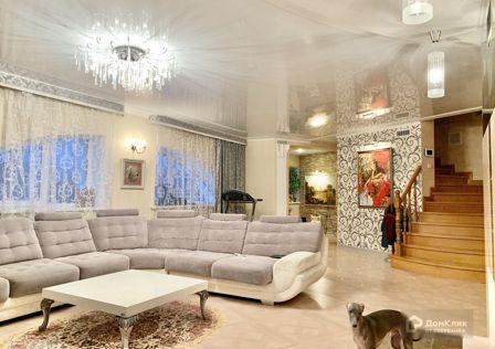 Продаётся таунхаус, 4-эт., 360 м²