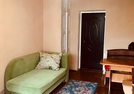 Продаётся комната в 5-комн. квартире