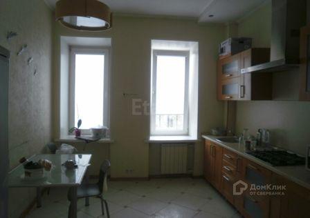 Продаётся 4-комнатная квартира, 113.2 м²