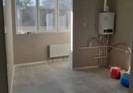 Продаётся 1-комнатная квартира, 43 м²