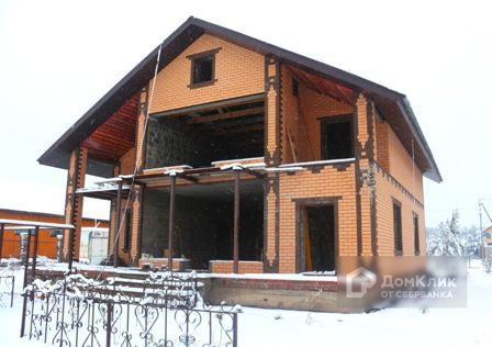 Продаётся 3-этажный дом, 280 м²