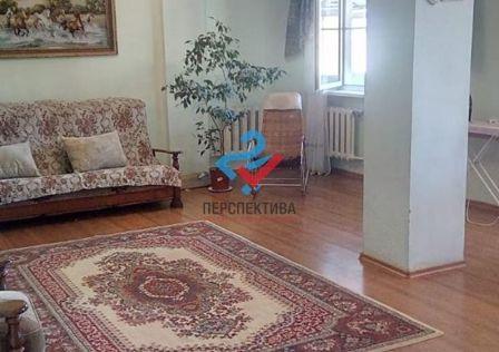 Продаётся 4-комнатная квартира, 156.9 м²