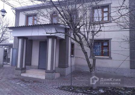 Продаётся 2-этажный дом, 209 м²