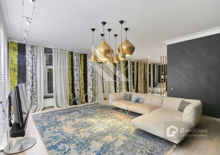 Продаётся 3-комнатная квартира, 166 м²