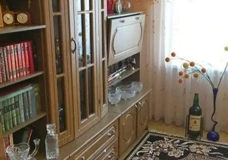 Продаётся 4-комнатная квартира, 101 м²