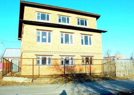 Продаётся 3-этажный дом, 130 м²