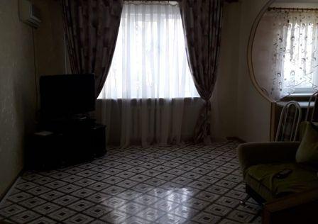 Продаётся 3-комнатная квартира, 65 м²
