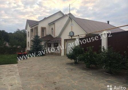 Продаётся 3-этажный дом, 550 м²