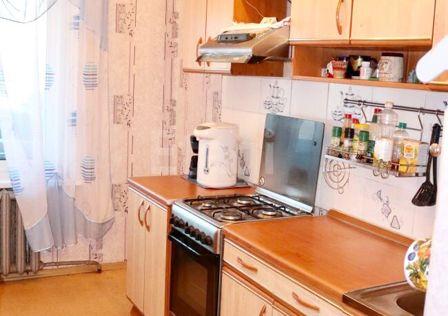 Продаётся 3-комнатная квартира, 59.5 м²