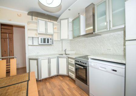 Продаётся 4-комнатная квартира, 73 м²