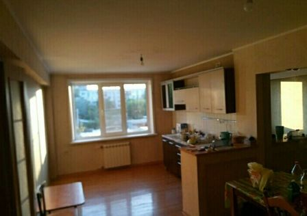 Продаётся 4-комнатная квартира, 80.8 м²