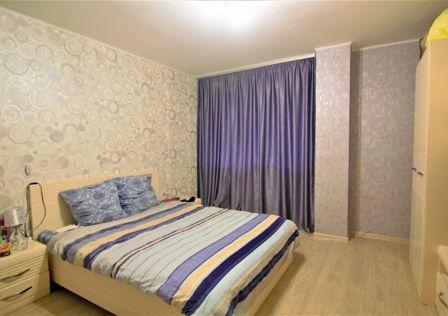 Продаётся 2-комнатная квартира, 65.4 м²
