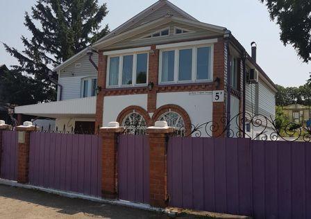 Продаётся 2-этажный дом, 184.3 м²