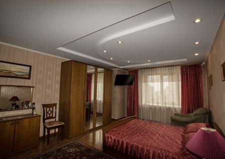 Продаётся 4-комнатная квартира, 125 м²