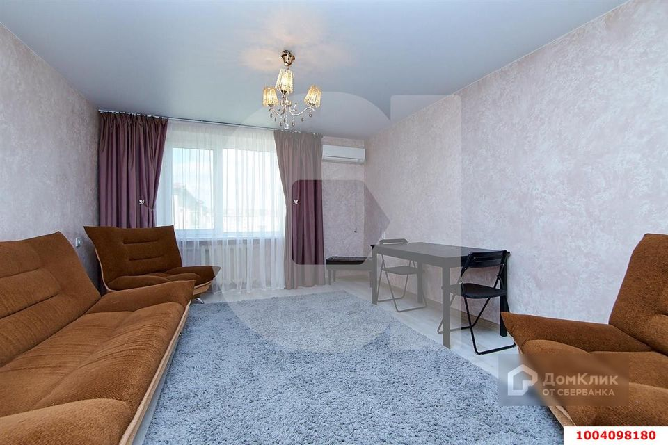 Продаётся 3-комнатная квартира, 82.5 м²