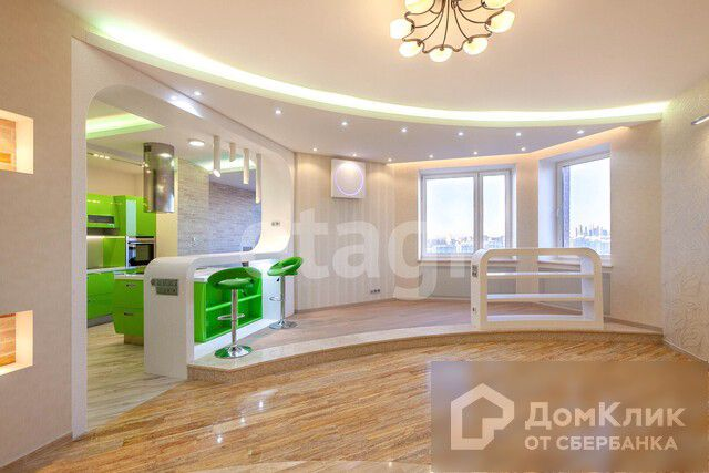 Продаётся 4-комнатная квартира, 180.6 м²