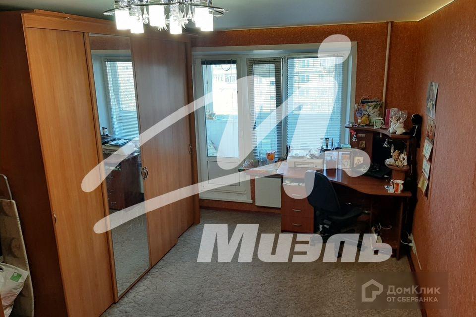 Продаётся 3-комнатная квартира, 58.4 м²