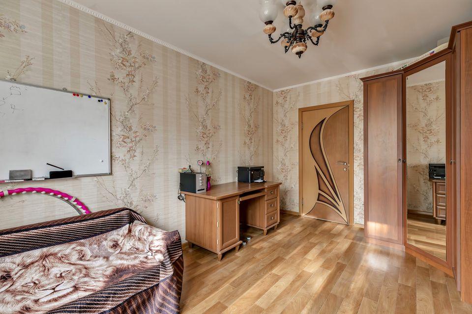 Продаётся 3-комнатная квартира, 52.5 м²