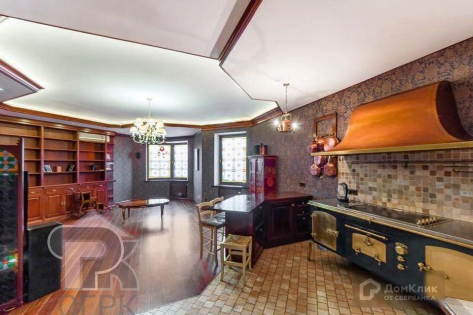 Продаётся 4-комнатная квартира, 149.1 м²