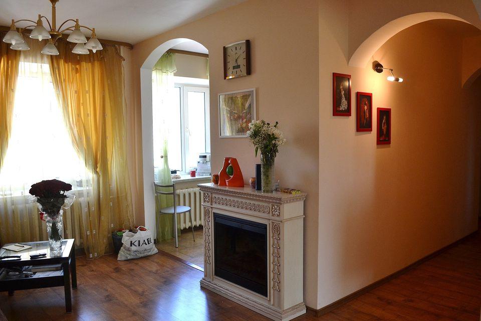 Продаётся 4-комнатная квартира, 114 м²