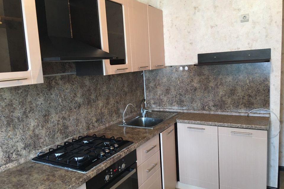 Продаётся 2-комнатная квартира, 55.4 м²